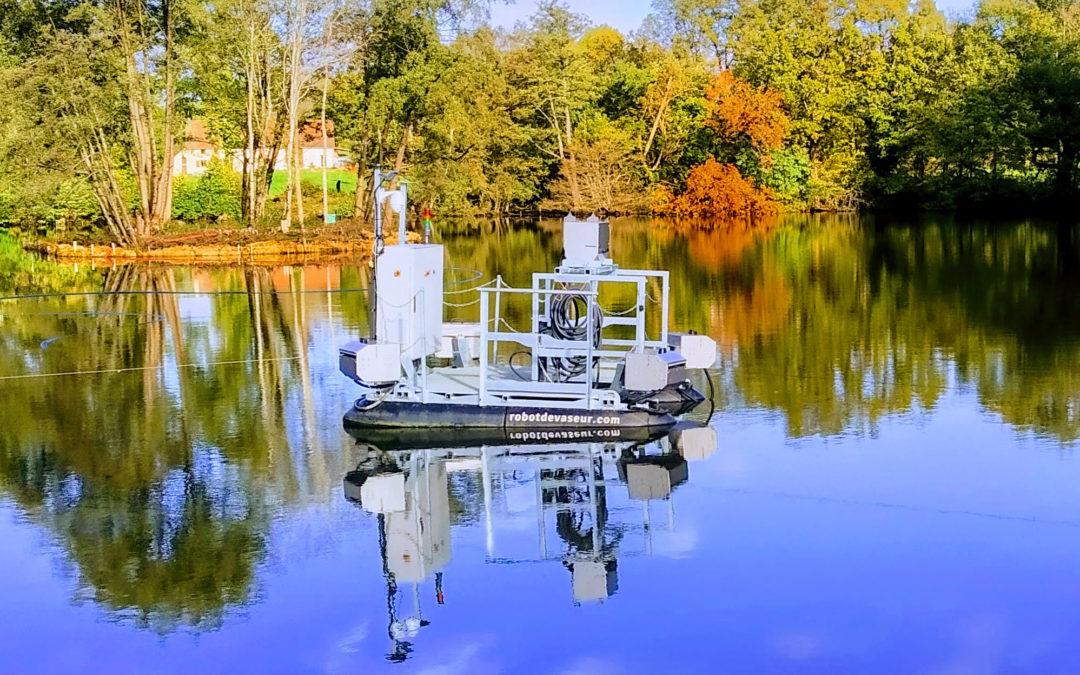 Défi libre : Curage autonome de plan d'eau.